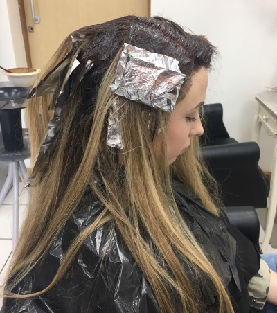 Ombre Hair Dye with Foils
