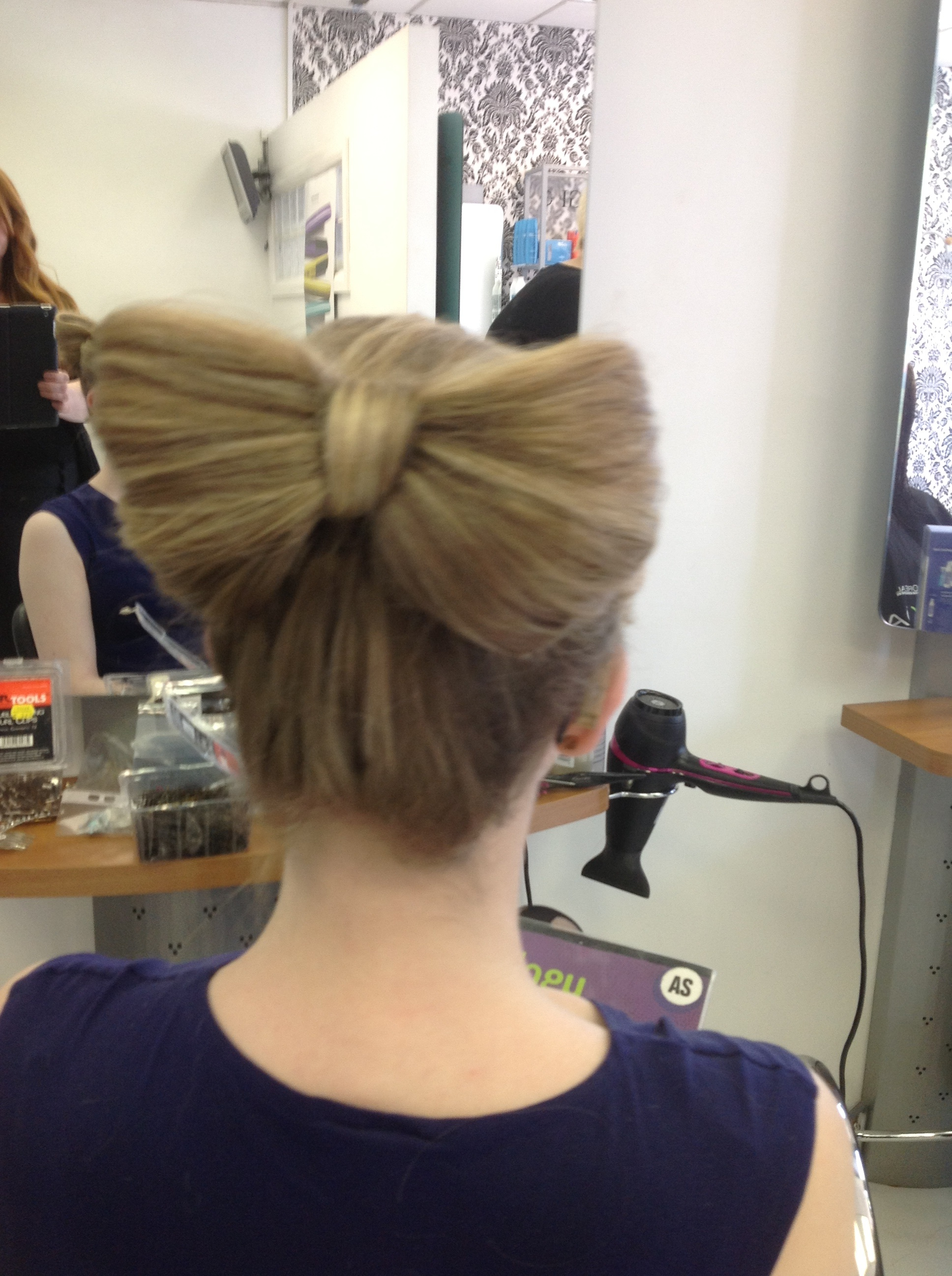 Prom Bow Hair Style on Blonde Hair
